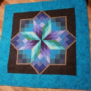 Hand pieced Quilt/Throw, nice bright colors